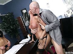 Audrey Bitoni, Raven Bay, Johnny Sins threesome