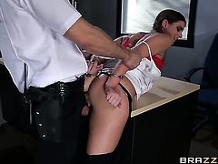 Bill Bailey plays hide the salamy with Brooklyn Chase with big jugs in anal sex action