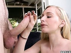Stacie Jaxxx gives a blow job