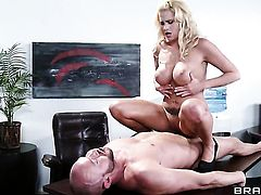 Jessica Nyx is on the edge of nirvana with Will Powerss rock solid ram rod in her beaver
