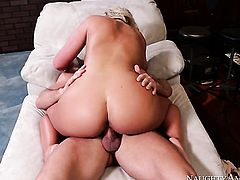 Phoenix Marie with juicy melons and bald bush and hot guy Johnny Castle enjoy sex too much to stop
