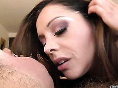 Chicana Francesca Le gets her dripping wet hole dicked