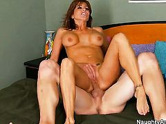 Tara Holiday has a good time doing it with horny bang buddy Pauly Harker