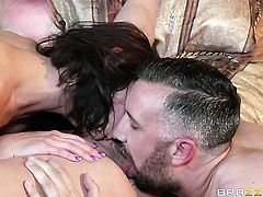 Adriana Chechik, Kendra Lust, Keiran Lee threesome