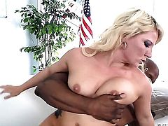 Prince Yahshua shows nice anal tricks to Casey Cumz with the help of his rock solid meat stick