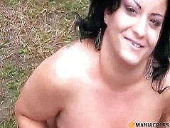 In her soft pussy shoves his hand