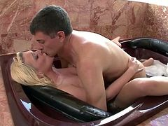 Sizzling blondie Tristyn gets her anal hole rimmed and fucked in a bath tub