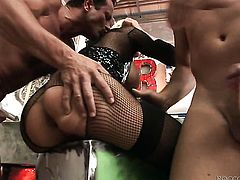 Helena White gets her muff pie fucked by hot guy