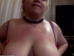 BUSTY MOM GETS DOUBLE FISTING AND FOOT FISTING