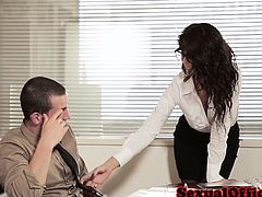 Officesex loving Alexa Tomas fucked on desk