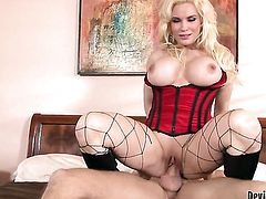 Sinfully sexy whore Diamond Foxxx knows that hard fuck is the only thing that can make her feel better