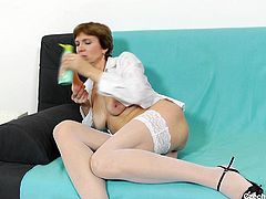 Oslava may be older, but that does not mean she has any less of a desire to get her pussy penetrated. The mature granny licks and sucks on a vibrator and spreads her legs and lips wide, before she fills herself with her buzzing joy toy. If older women are your thing, click now to see more of them!