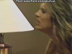Bootylicious and buxom blond haired hoe gets her pussy licked and banged