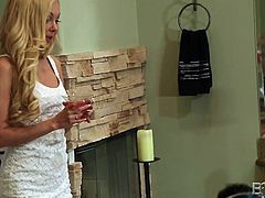 Hot Devon looks extremely appetizing, wearing a sexy molded white dress. This provocative milf with tattooes seems interested in the plumber, so she can't miss the occasion to talk with him. Click to see the blonde busty bitch sucking cock with a flaming desire!