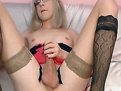 Very Hot Shemale Plays Herself in Front of the Webcam