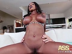 Diamond Jackson Ebony Milf