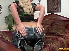 Blonde slut with a hot ass tempting and teasing