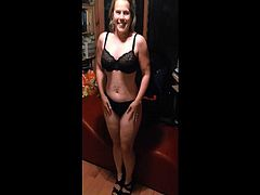 hot wife bares all