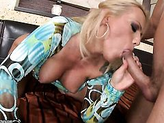 Sarah Simon gets her wet spot pounded rough