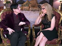 Famous pornstar Nina Hartley sits down with her man and discusses all her kinks and the hot things she has down, while being an educator and sex therapist. The mature goddess talks about fetishes and pleasing your partner.