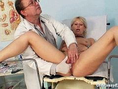 Old Romana gynochair labia speculum examination by gyno doctor