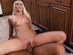 Rocco Reed whips out his pole to fuck Vanessa Cage