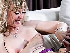 Sexy vixen Nina Hartley and Jada Stevens are ready to rub each others vagina non-stop