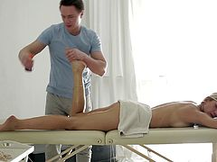 Massage therapist rubs her down and bangs her hard