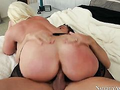 Asian Alura Jenson with phat booty and bald twat gets her cunt filled full of cock in hardcore actio