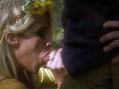 Jessica Drake is the blonde queen of porn! Shes getting down on her knees in her bride dress and shes giving him one really facial in the woods. Shes a really hot hoe!