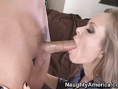 Rocco Reed enjoys smoking hot Dyanna Laurens wet hole in hardcore sex action