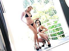 Blonde and Katsuni makes her lesbian sex dreams a come to life