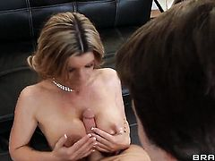 James Deen gets pleasure from fucking Kristal Summers with big tits in her hole