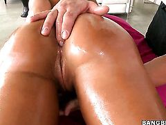 Lisa Ann asks hot guy to insert his worm in her mouth