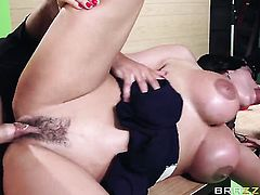 Chicana Ariella Ferrera with massive knockers spreads her pussy lips invitingly in steamy hardcore action with Will Powers