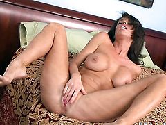 Johnny Sins cant wait any longer to stick his boner in glamorous Veronica Avluvs mouth