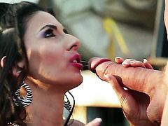 Nikki Daniels is in need of sexual pleasure after tugjob