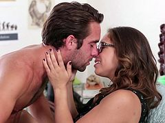 Sara looks so sexy, wearing those stylish eyeglasses! She's got beautiful brown hair and a lovely skin, so it's not a surprise that boys knock at her door... Click to see this naughty babe, seduced by a horny guy, who passionately overwhelms her with kisses and rims her crazy ass... Have fun watching!