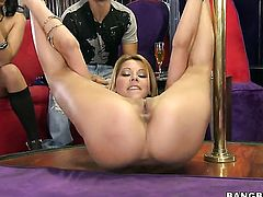 Cindy Hope drops on her knees to take guys rod in her mouth