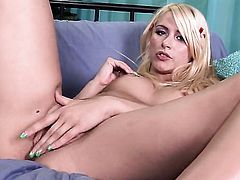 Katie Summers with tiny tits and clean cunt opens her legs to fuck herself, take vibrator in her eager muff pie
