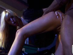 Brooke Banner gets her nice face covered in jizz
