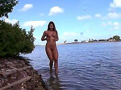 Esperanza Gomez is a hot chick with a huge ass. She is in the water and and she is getting wet inside it. She smiles for the camera and then has sex.
