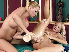 Blonde goddess Cindy Hope and Barbie White have a lot of fun in this lesbian action
