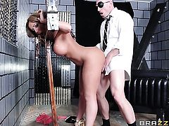 Richelle Ryan gets her mouth destroyed by hard love torpedo of Johnny Sins