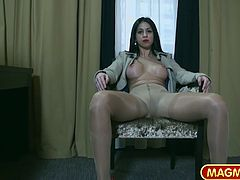 Julia De Lucia is one crazy slut that takes control of the wanting men that are looking for a supervisor to put them back in line when it comes to sex. She takes in up her ass and delights herself with an amazing cunnilingus.