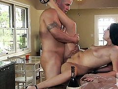 Roxy DeVille gets ruthlessly fucked in her mouth by lucky man
