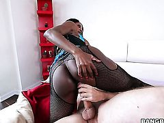 Milf Diamond Jackson is just in need of sexual pleasure and gets some