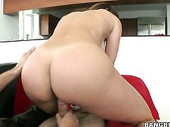 Brunette Monique Fuentes with bubbly ass feels great with mans throbber fucking her hands hard
