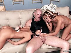 Ashli Orion fulfills her sexual desires with Mark Daviss pole in her mouth