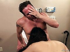 Jessica Bangkok loves David Perrys rod in cock sucking action